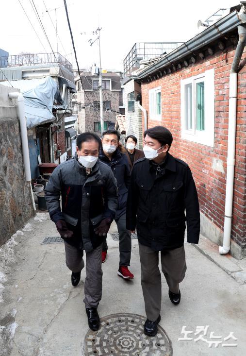 آن چئول-سو از منطقه ساجیک 2 بازدید می کند